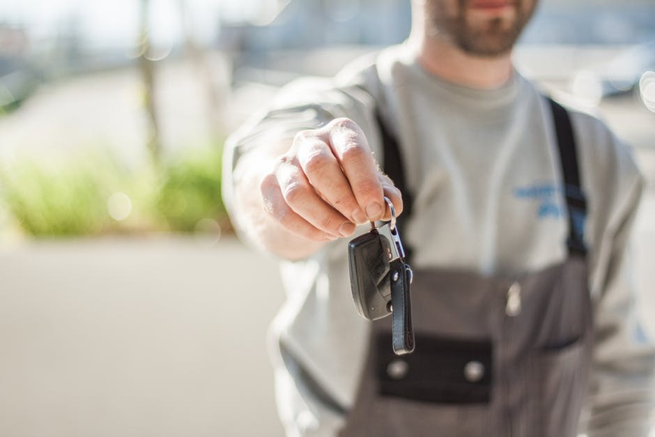 Car Rental Insurance Cost: When It's Worth it (and When iI's Not)